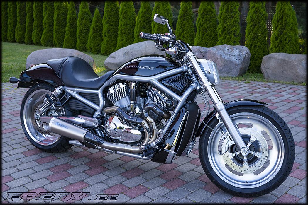 '07 Harley-Davidson VRSCAW V-Rod 2