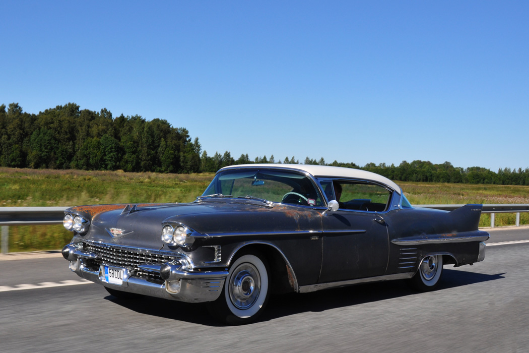 58 Cadillac Coupe Deville Fredy Ee