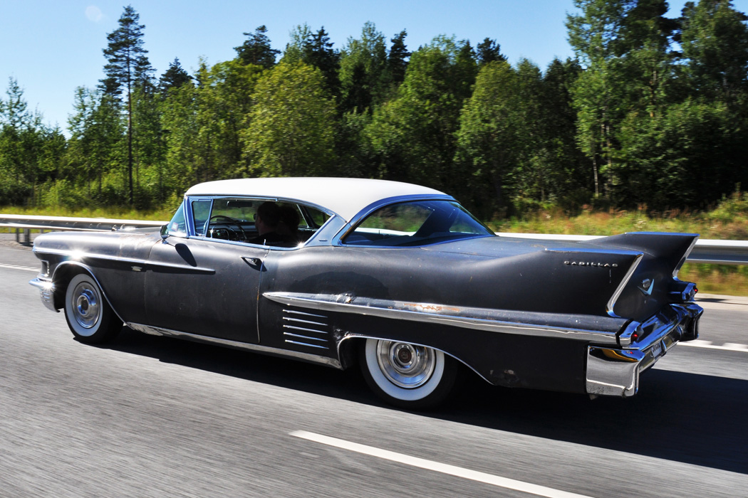 58 Cadillac Coupe DeVille | Fredy.ee