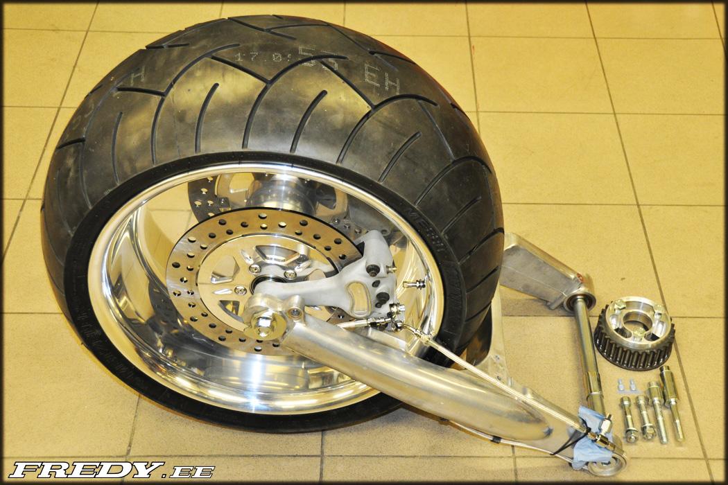 02 06 Vrsc 300 Wide Tire Kit Fredy Ee