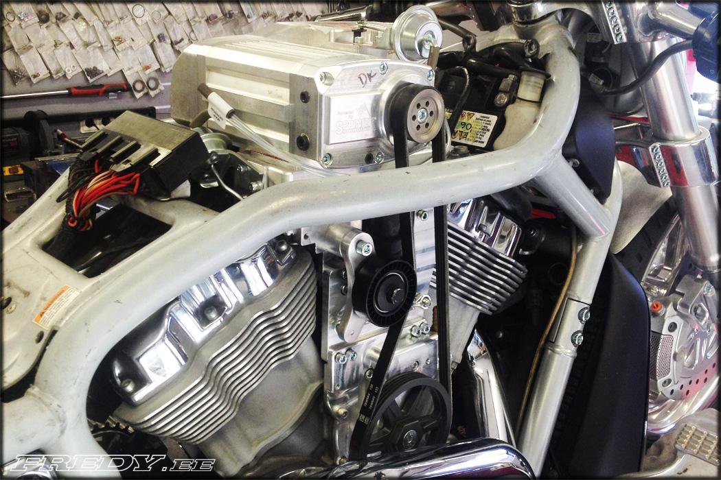 Sprintex V-Rod Supercharger | Fredy ee